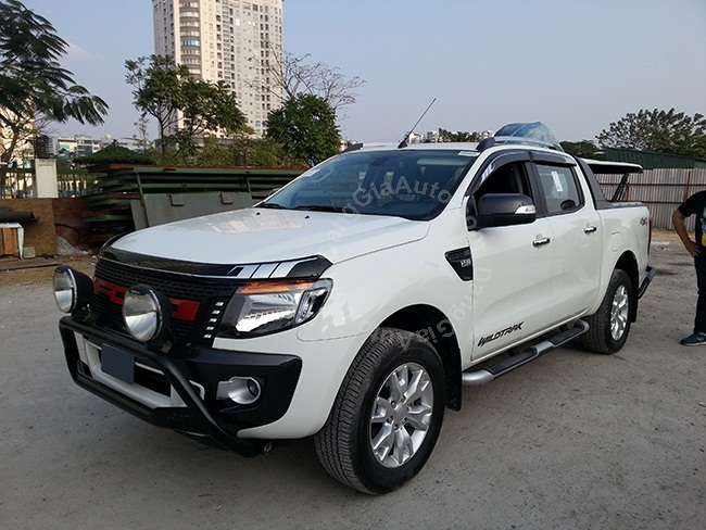 can truoc sau Ford Ranger 2015