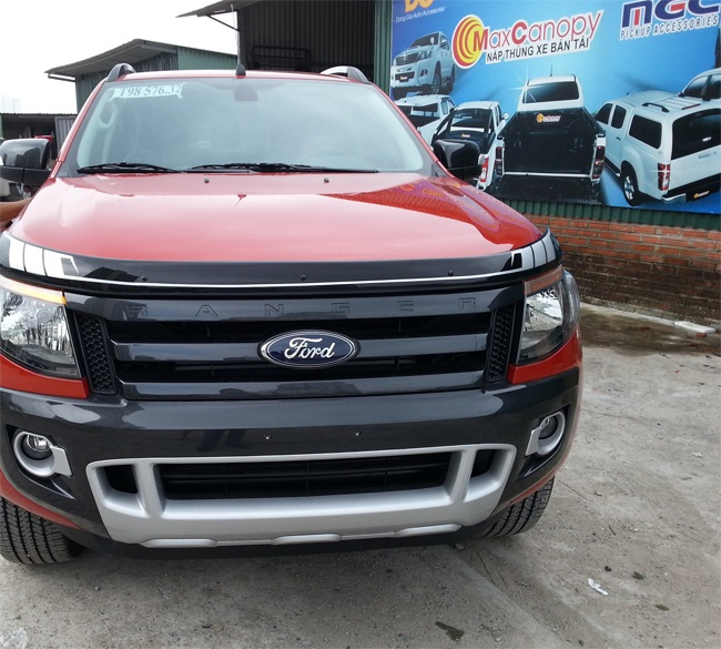 canh luot gio nap capo ford ranger