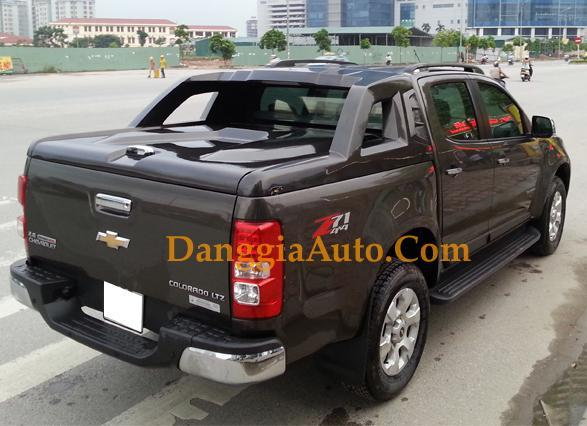 nap thung xe colorado chevrolet