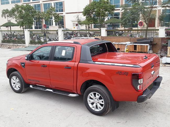 nap thung ford ranger new scr w